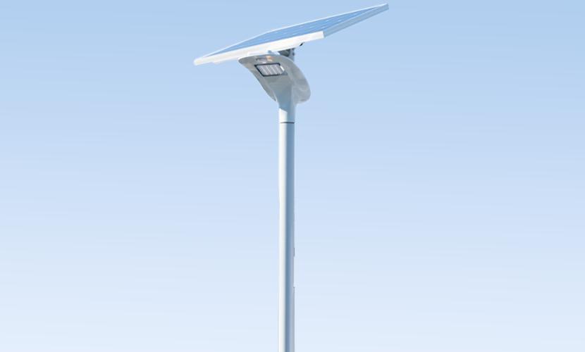 太陽光だから災害時にも強いソーラー防犯灯・ソーラー非常灯のホタル6515の写真
